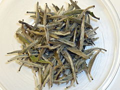 Bai Hao Yin Zhen, die Blätter