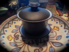 Ton-Gaiwan auf Teeboot aus Italien