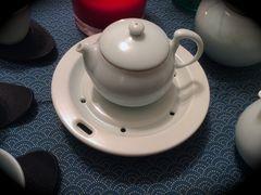 Teeboot mit Teepott im Celadon Look