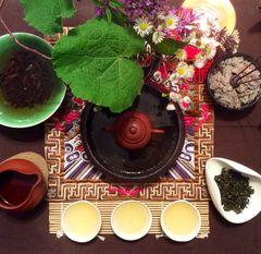 Gong Fu Cha Setting mit neuem Teeboot
