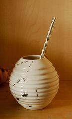 calabaza aus Keramik, bemalt mit ... bugs ;)