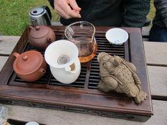 Teetisch und Gong Fu Cha.