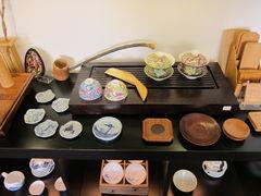 Teetisch und anderes im Chá-Dào