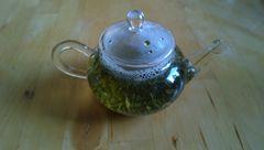 Tee und Utensilien