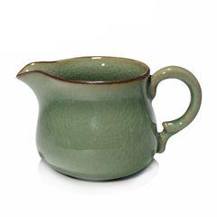 Teekrug aus Seladon (ca. 160 ml)