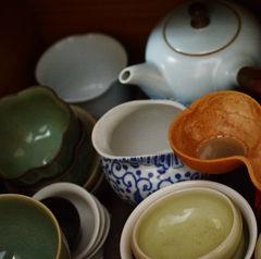Schalen und Kleinkannen - China und Taiwan