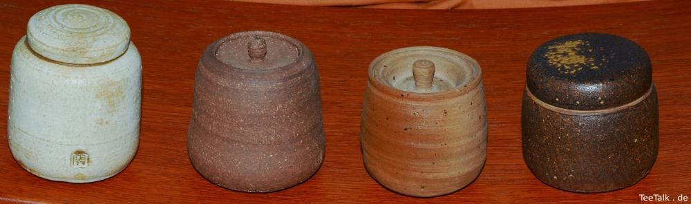 Vier Keramikgefäße für Pu-Erh