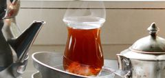 Tee auf türkisch