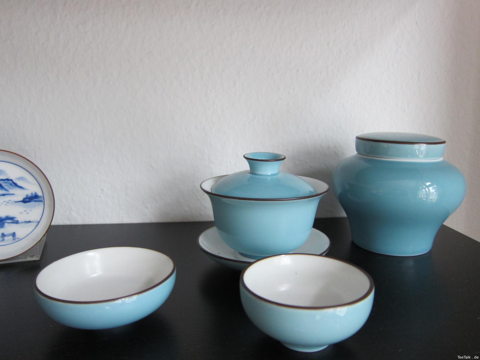 Gaiwan und Teeschalen