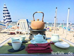 Gong Fu Cha am Strand in De Haan in Belgien