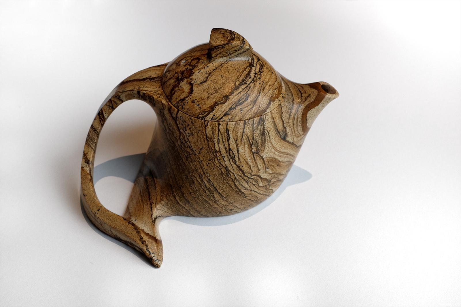 Taiwanesische Teekanne aus Jaspis (Lin Guoxiang, 林国祥)