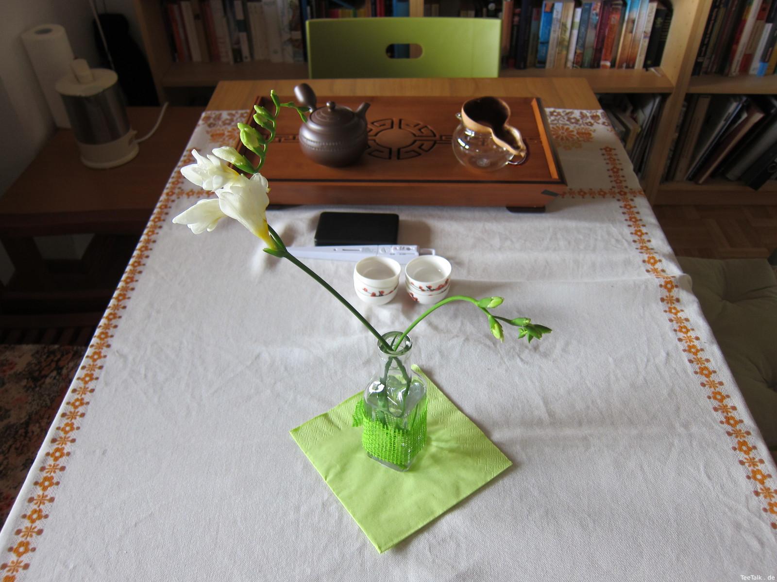 Tisch zur Teezui 4