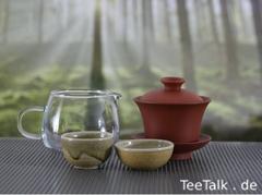 Yixing Gaiwan, Pitcher aus Glas, zwei Teeschälchen