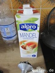 Herstellung eines veganen Matcha auf der Teezui 4