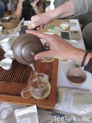 Kyūsu Vergleichs-Test auf der Teezui 4