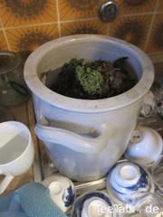 Teeentsorgungsbehälter auf der Teezui 4