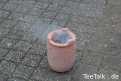 Outdoor-Teesession mit Kohlestövchen und Lukes Tetsubin